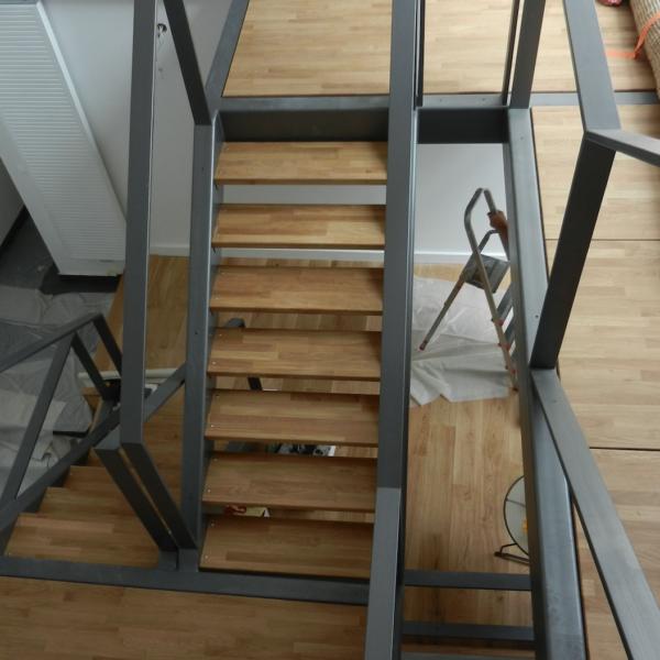 escaliers-acier-bois-02