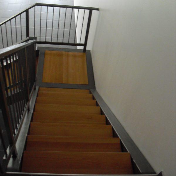 escaliers-acier-bois-06