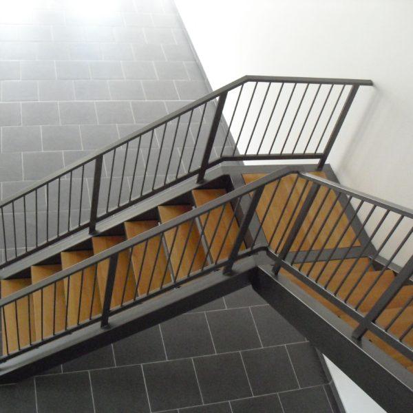 escaliers-acier-bois-07
